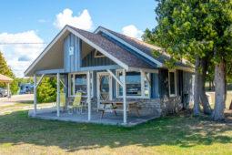 Heron Point Cottage 1